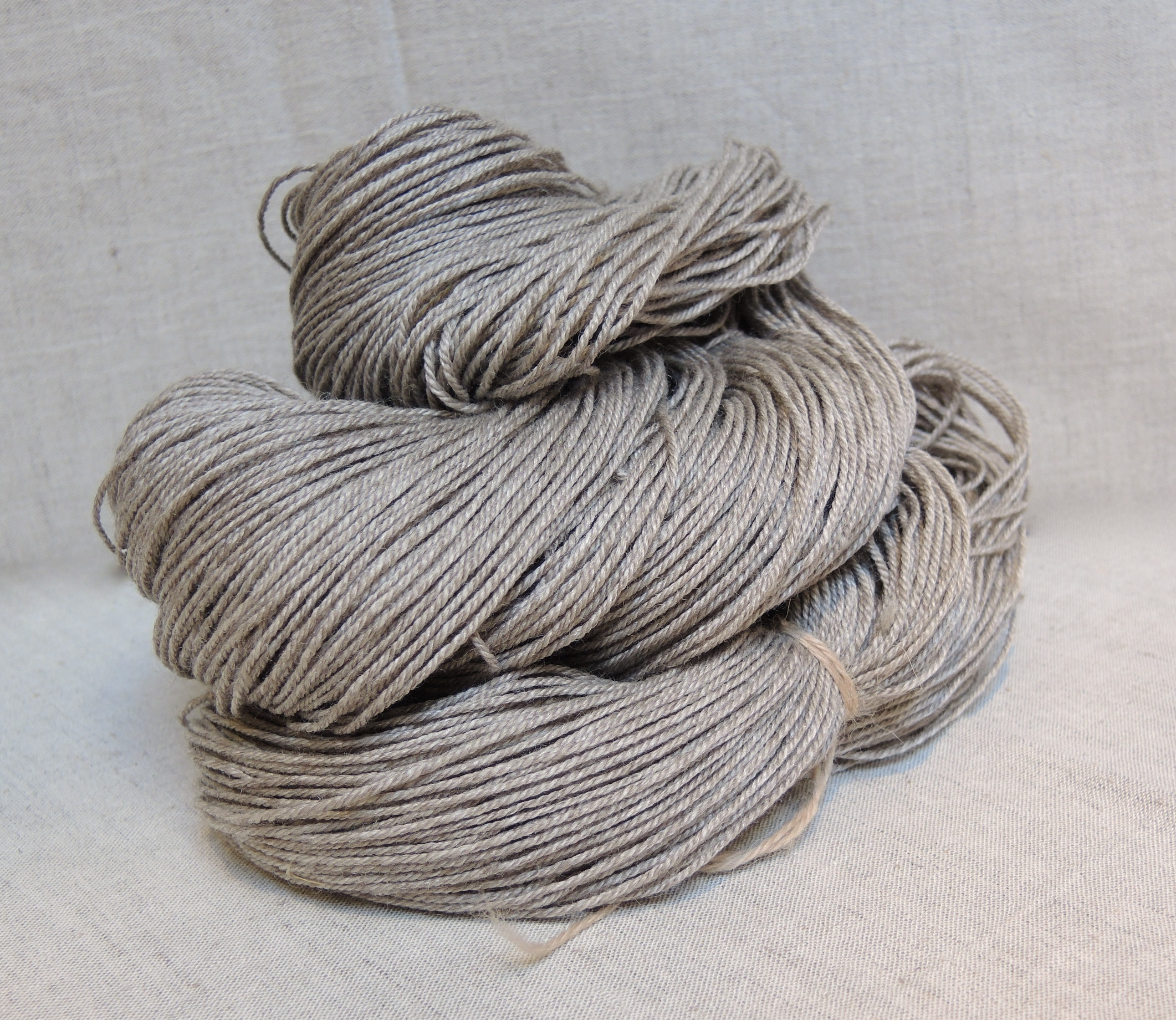 natural 4 ply / fingering